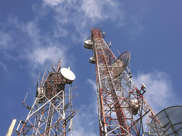 Telecom industry AGR up 2% sequentially in January-Marchquarter