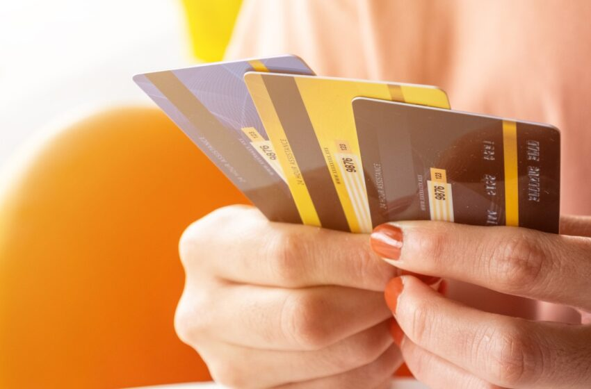 5 signs of incorrect credit card usage